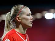 Vertrag bei Wolfsburg verlängert: die Schweizer Internationale Lara Dickenmann (Bild: KEYSTONE/PETER KLAUNZER)
