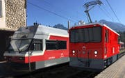 Visualisierung der Lokomotive für die Schneeräumung. Links davon ein alter Stadler-Zug, der momentan im Einsatz steht. (Bild: PD)