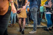 Sexuelle Belästigung an der Olma: Angezeigt werden die Vorfälle selten. (Symbolbild: Urs Bucher)