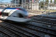 Im November 2018 wird der Bahnhof Luzern während eines ganzen Wochenendes geschlossen. Grund ist das Ersetzen verschiedener Weichen auf Höhe der Langensandbrücke. (Bild: Pius Amrein, Luzern, 18. September 2018)