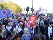 Es könnte sich laut Medienberichten um die grösste Demonstration seit 15 Jahren in der britischen Hauptstadt handeln. (Bild: Keystone/EPA/VICKIE FLORES)