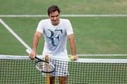 «Dann versuche ich, das zu machen, was ich am besten kann: Meinen Sport ausüben», sagt Roger Federer. (Bild: Peter Klaunzer/Keystone (Wimbledon, 28. Juni 2018))