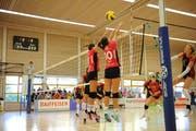 Der Toggenburger Block stand auch gegen Volleya Obwalden sehr gut.(Bild: Reinhard Kolb).