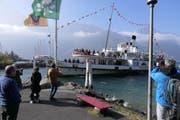 Die «Stadt Luzern» lief vorerst zum letzten Mal im Flüeler Hafen ein. (Bild: Markus Zwyssig, Flüelen, 21. Oktober 2018)