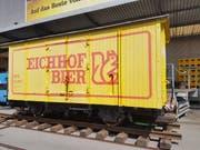 Der Bahnwagen vor der Eichhof-Brauerei in Luzern. (Bild: PD)