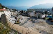 Für Haus G, das grösste Haus der Überbauung am Baumgarten, gilt weiterhin ein Baustopp. (Bild: Stefan Kaiser (Unterägeri, 22. Oktober 2018))