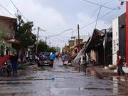 Hurrikan «Willa» hat am Mittwoch in Mexiko - trotz geringerer Windgeschwindigkeiten - schwere Schäden angerichtet. (Bild: KEYSTONE/EPA EFE/STR)