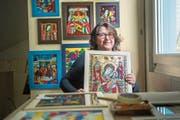 Seit vielen Jahren malt die gebürtige Rumänin Carmen Indergand-Bira traditionelle Ikonen mit Hinterglas-Technik.