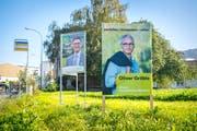 Freundliche Gesichter am Strassenrand: Wahlkampf in Wittenbach (Bild: Urs Bucher)