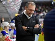 Klotens Cheftrainer Andre Rötheli ist nach den sieben Meisterschafts-Niederlagen in Folge der Zürcher Unterländer gefordert (Bild: KEYSTONE/GIAN EHRENZELLER)