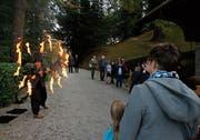 Die Attraktionen des Sonnenwende-Fests begeistern die Zuschauer auf dem Schloss Buonas. (Bild: Stefan Kaiser (Buonas, 26. Oktober 2018))