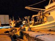 Ein starkes Seebeben im Westen Griechenlands hat materielle Schäden etwa an einem Hafen auf der Insel Zakynthos verursacht. Personen wurden keine verletzt. (Bild: KEYSTONE/AP imerazante.gr/UNCREDITED)