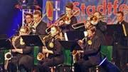 Die MSW Big Band aus Waghäusel in voller Action bei einem Auftritt in Deutschland. (Bild: PD)