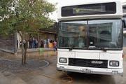 Im Infobus wurden die Wittenbacher darüber informiert, was sich für sie mit dem Fahrplanwechsel ändern wird. (Bild: Fynn Wohlgensinger)