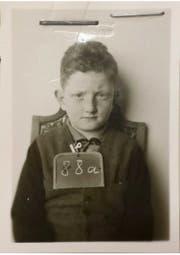Robert Narev reiste mit seiner Mutter in die Schweiz. Heute lebt er in Neuseeland. (Bild: Bundesarchiv Bern)