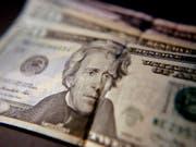 Die Ausgaben der US-Konsumenten bleiben auch im September hoch. (Bild: KEYSTONE/AP/KEITH SRAKOCIC)