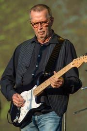 Auch mit 73 Jahren tritt Clapton noch auf.