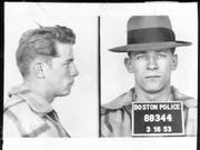 Polizeifotos von James «Whitey» Bulger aus dem Jahr 1953. (Bild: Keystone/AP Boston Police)
