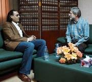 Hannibal Gaddafi, Auslöser der Affäre und Sohn des Diktators, besuchte Max Göldi 2010 im libyschen Gefängnis Al-Jeida. (Bild: AP (Tripolis, 1. März 2010))