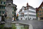 Das Obwaldner Rathaus in Sarnen. Anfang Dezember entscheidet der Kantonsrat hier über das Budget 2019. (Bild: Corinne Glanzmann (26. April 2016)