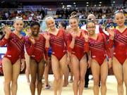 Die Amerikanerinnen holten nach 2011, 2014 und 2015 zum vierten Mal in Folge den WM-Titel mit dem Team (Bild: KEYSTONE/AP/VADIM GHIRDA)
