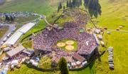 Das Schwingfest auf der Schwägalp am Fusse des Säntis begeistert heute die Massen. Das eigene Bergkranzfest wurde den Nordostschweizern jedoch lange verweigert. Bild: Urs Bucher (Schwägalp, 19. August 2018)