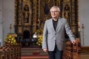 Der neue Pastoralraumleiter der katholischen Pfarreien Kriens, Bernhard Waldmüller, in der Galluskirche. (Bild: Boris Bürgisser (26. Oktober 2018))