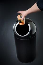 Bevor's im Müll landet, sollen übrig gebliebene Nahrungsmittel günstig abgegeben werden. (Bild: Dominik Wunderli)
