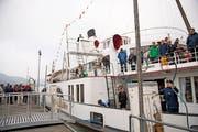 Das Dampfschiff Stadt Luzern auf der letzten Fahrt, bevor es für drei Jahre in der Werft verschwindet. Bild: Corinne Glanzmann (Luzern, 21. Oktober 2018)