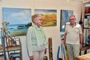 Anni und Nik Gantenbein machen sich die Malerei zur Passion. (Bild: Heidy Beyeler)