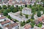 Luftaufnahme der Kanti Wattwil vom Sommer 2012. Der Kanton möchte die Kanti veräussern, wenn das BWZT wieder aus dem temporären Quartier ausziehen kann. (Bild: PD)