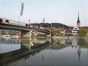 Die Steiner Rheinbrücke soll im kommenden Jahr für rund 700'000 Franken saniert werden. (Bild: Ernst Hunkeler)