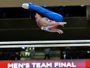 Artur Dalaloyan gewann nach der Silbermedaille mit dem Team Gold im Mehrkampf (Bild: KEYSTONE/EPA/NOUSHAD THEKKAYIL)