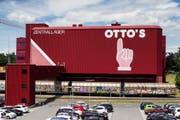 Erkennt in der Schweiz fast jeder: Das Logo von Otto's war Teil der Gerichtsverhandlung im Namensstreit. (Bild: Alexandra Wey / Keystone (Sursee, 28. Juni 2018))