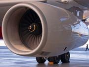 Der Triebwerkhersteller Rolls-Royce liefert derzeit Airbus zu wenige Triebwerke für den Flugzeugtyp A330neo. (Achivbild) (Bild: KEYSTONE/AP/JENS MEYER)