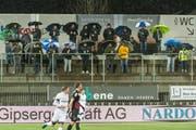 Fussball Challenge League FC Wil - FC Aarau in der IGP Arena in Wil. Wil in weissem Dress. Featurebilder.