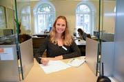 Für Denise Signer, Leiterin der Einwohnerkontrolle Herisau, ist das neue Tool eine gute Sache. Bild: KER