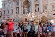 Hotspots wie der Trevi-Brunnen halten gute Geschichten parat, an die der Tourist des 21. Jahrhunderts mit seiner Biografie gut anknüpfen kann. (Bild: Stefano Montesi /Getty)