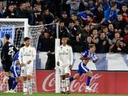 Manu Garcia dreht jubelnd ab, die Madrilenen sind bedient (Bild: Keystone/AP/ALVARO BARRIENTOS)