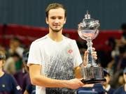 Gewann in Tokio seinen dritten ATP-Titel: Der Russe Daniil Medwedew (22) (Bild: KEYSTONE/EPA/CHRISTOPHER JUE)