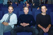 Produzent Stefan Eichenberger, Schauspieler Max Hubacher und Regisseur Hannes Baumgartner im Cinema Liberty. (Bild: Werner Lenzin)