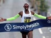 Mo Farah läuft in Chicago im Marathon zu einem Europarekord (Bild: KEYSTONE/AP PA/RICHARD SELLERS)
