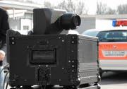 Drei Führerausweise hat die Kantonspolizei St.Gallen wegen überhöhter Geschwindigkeit den Autofahrern entziehen müssen. (Bild: PD)