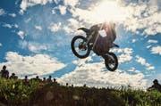 Spektakulär wie eh und je: das Motocross im Weiler Eggetsbühl bei Wängi. (Bilder: Christoph Heer)