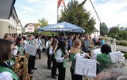 Die Musikgesellschaft Montlingen-Eichenwies unterhält die Vereinsdelegierten aus dem Kreis Rheintal mit flotter Blasmusik. (Bild: Max Tinner)
