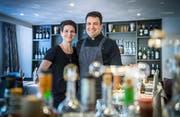 Jucker's Boutique Hotel - Restaurant Linde in Tägerwilen erhält als einziger Thurgauer einen Gault Millau Punkt. Thomas Jucker (Koch) und seine Frau Karin Jucker im Restaurant. (Bild: Andrea Stalder)