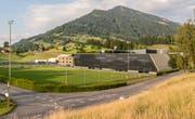So soll die neue Logistikhalle der Thermoplan AG in Weggis mit dem integrierten Sport- und Vereinsgebäude aussehen. (Visualisierung: PD)