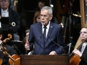 Bundespräsident Alexander Van der Bellen sprach den Österreichern im Rahmen eines Staatsaktes zu «100 Jahre Republik Österreich» ins Gewissen. (Bild: Keystone/APA/HANS PUNZ)