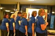 Setzen sich für notleidende Personen einen: Elisabeth Hummler, Elisabeth Waeger, Andrea Giger, Sylvia Dennenmoser, Pia Lenz (Vizepräsidentin) und Liselotte Peter (Präsidentin). (Bild: Margrith Pfister-Kübler)