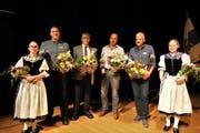 Die ISV-Schwinger, welche an einem Schwingfest mit Eidgenössischem Charakter siegten (von links): Martin Grab, Hans Kopp, Eugen Hasler und Harry Knüsel. Es fehlt Leo Betschart. (Bild Reto Betschart (Schwyz, 10. November 2018))